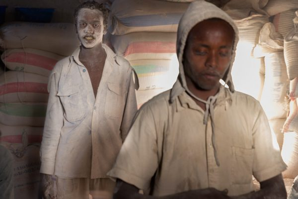 Men Work Männer Arbeit hombres trabajo Etiopía Ethiopien Ethiopia mill molino luces sombras retrato portrait