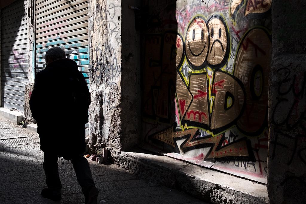 Street calle Strassen silhouette palermo silueta urbano grafitti streetart arte callejero anarivas images anarivasphotography sicily